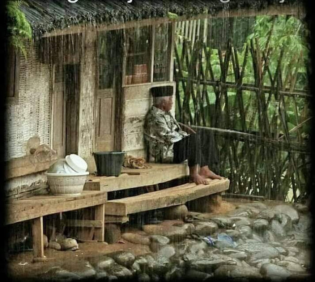 Kehidupan Di Kampung Indah Tanpa Gadget Pemandangan Desa Indonesia Duduk Di Depan Rumah