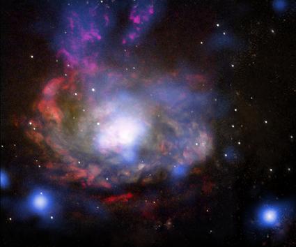 galáxia Circinus e supernova SN 1996cr