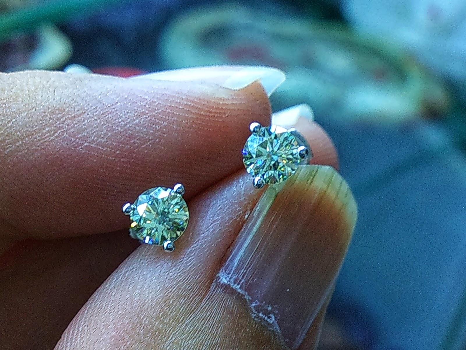 Hoa tai Kim Cương thiên nhiên, Natural Diamond. (19/04/20, 08)