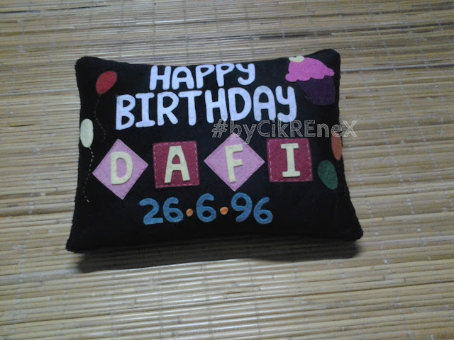 Bantal cik renex