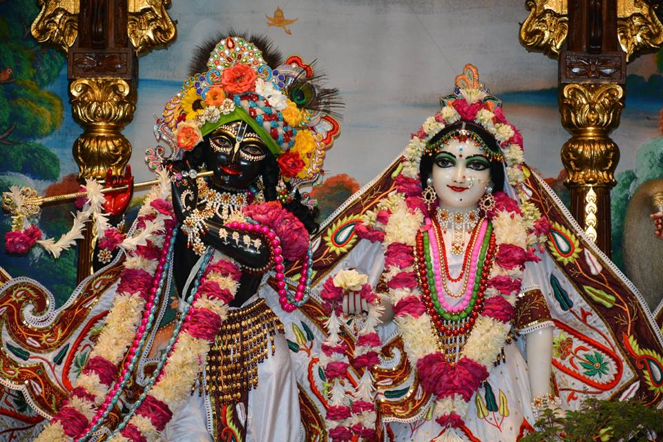 ISKCON Ujjain  Deity Darshan 22 July  2016 (1)