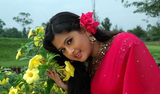 Nice bangladeshi heroine xxx horny