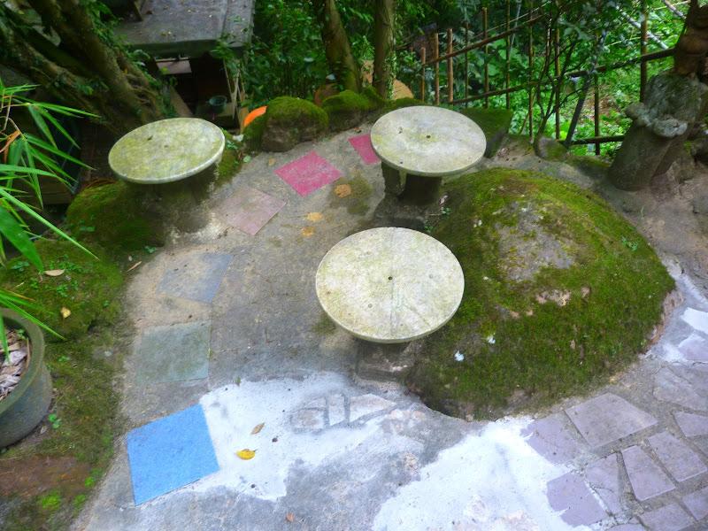 Taipei. Si Shou Shan, et la découverte des maisonnettes du professeur Y I   易教授 - P1340770.JPG