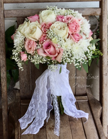 GypsyFarmGirl fresh flower wedding bouquet