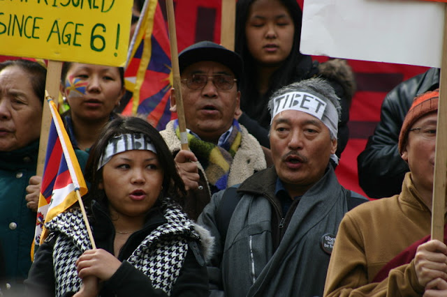 Global Protest in Vancouver BC/photo by Crazy Yak - IMG_0082.JPG