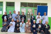 Legislator PPP Sulsel Andi Nurhidayati Kembali Serahkan Bantuan al-Qur'an di Soppeng