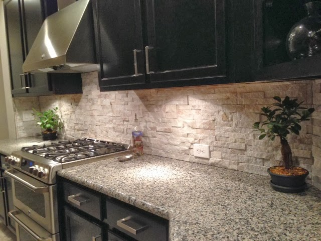 Customer Sent Final Pictures Of The Stacked Stone Quartz Backsplash We Did In Apollo Beach Florida Tile Stone Quartz Apollobeach Ceramictec