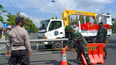 Pemberlakuan PPKM Darurat Alun-Alun Wates Kulon Progo Ditutup Sementara