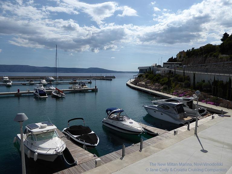 [Croatia+Cruising+Companion+-+Mitan+Marina%2C+Novi+Vinodolski%5B4%5D]
