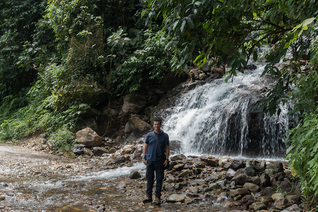 Cascade entre Cachipay et San Rafael, à l'est de Santa María en Boyacá, 890 m (Boyacá, Colombie), 18 novembre 2015. Photo : C. Basset