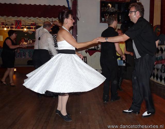 15 jaar dance to the 60's rock and roll dansschool voor danslessen, dansdemonstraties en workshops (453).JPG