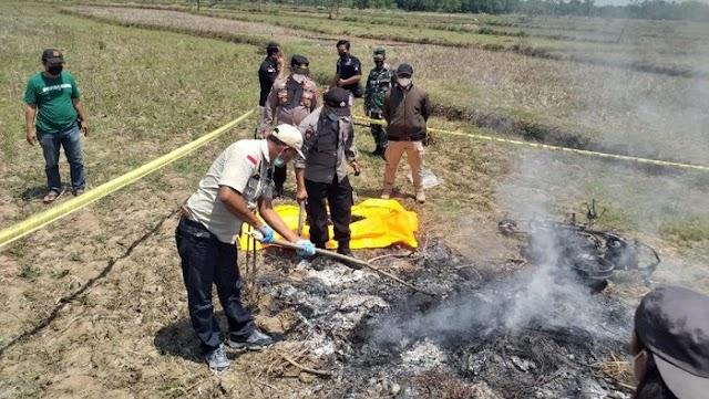 Penduduk berang, bakar pencuri motosikal hidup-hidup