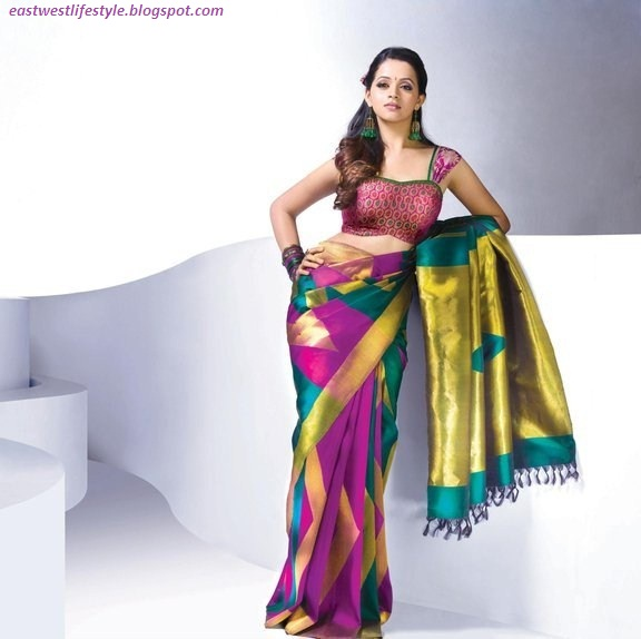 Actress Bhaavana Hot Saree Collection-Showing her Other side of Glamour