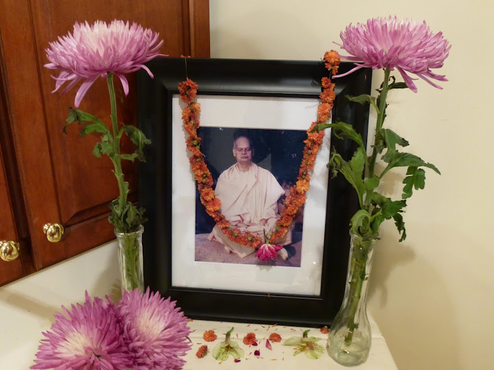2012-10-22 Durga Puja 2012 - Durga%2BPuja%2B2012%2B013.JPG