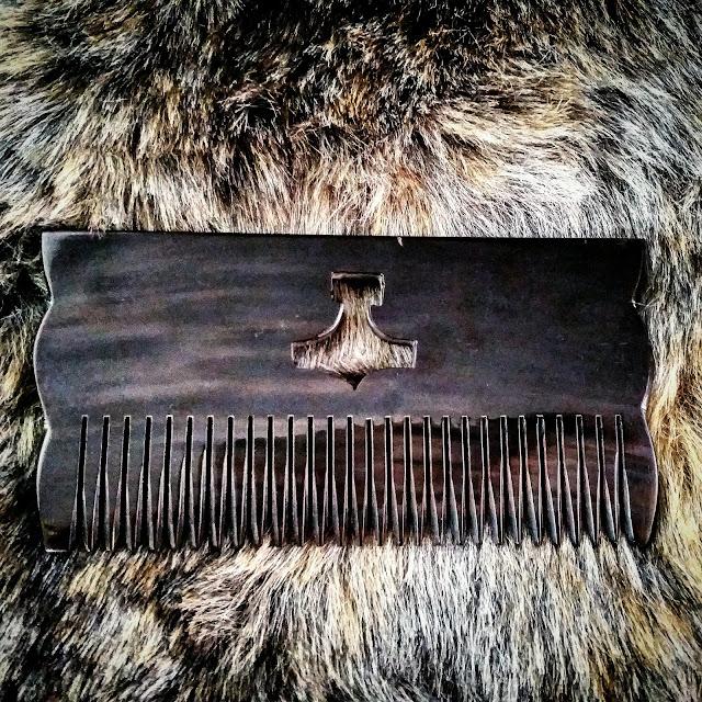 Mjolnir Thor's Hamer Comb