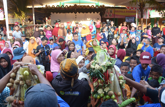 Meriah, Grebeg Pasar Cawas, Dari Kirab Gunungan Hasil Bumi Hingga Aneka Pertunjukan Seni Budaya di Tampilkan