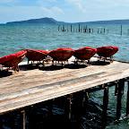 Restauracja z widokiem na morze i wyspę Koh Rong Saloem
