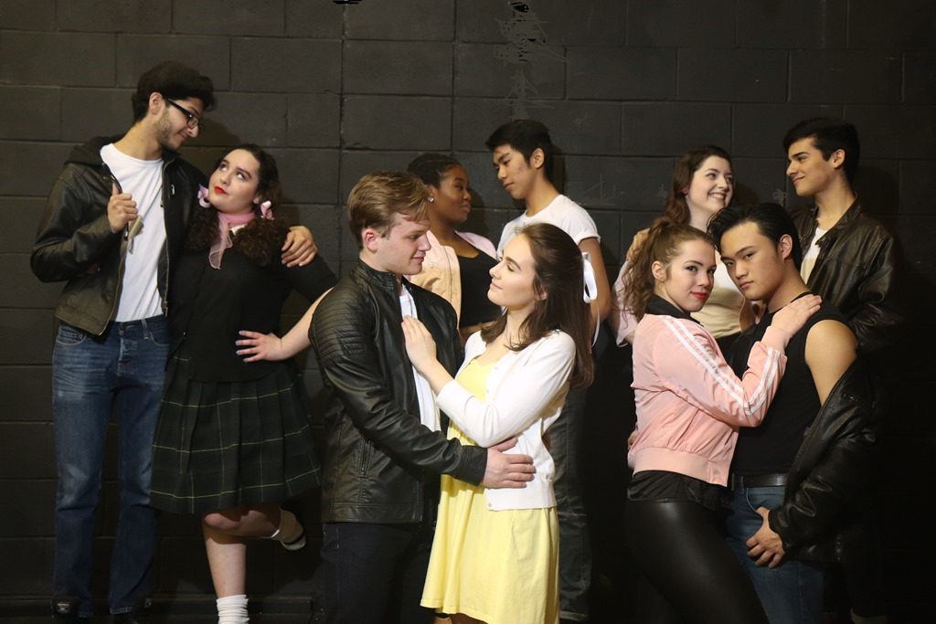 [Cast+of+Grease%5B4%5D]