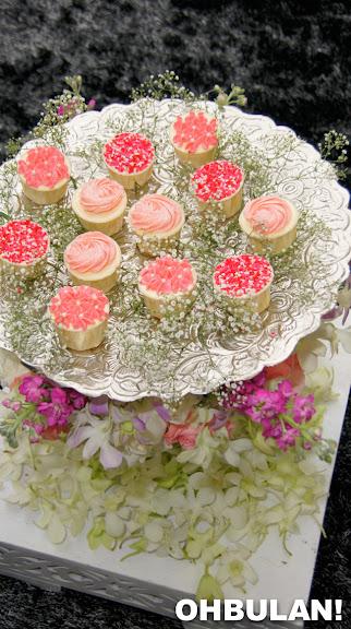 gubahan hantaran cup cake pertunangan liyana jasmay