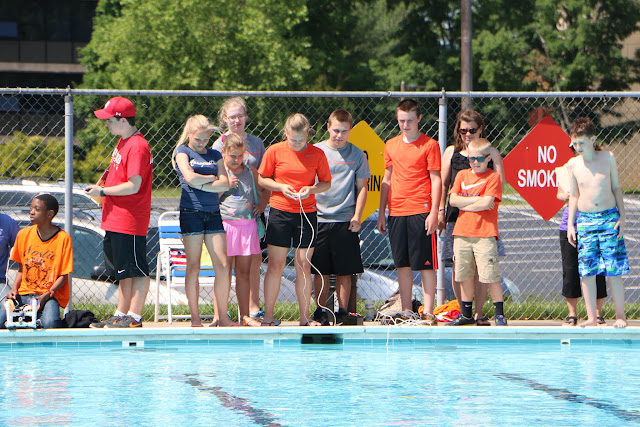 SeaPerch Competition Day 2015 - 20150530%2B09-42-55%2BC70D-IMG_4815.JPG