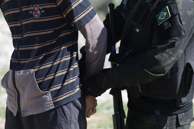 Polícia Civil prende em flagrante suspeito de homicídio em Maruim