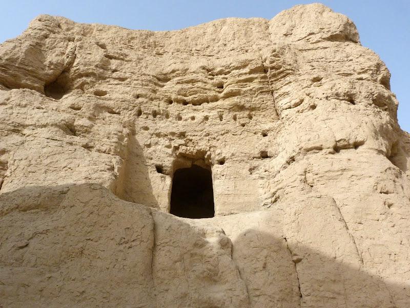 XINJIANG.  Turpan. Ancient city of Jiaohe, Flaming Mountains, Karez, Bezelik Thousand Budda caves - P1270781.JPG