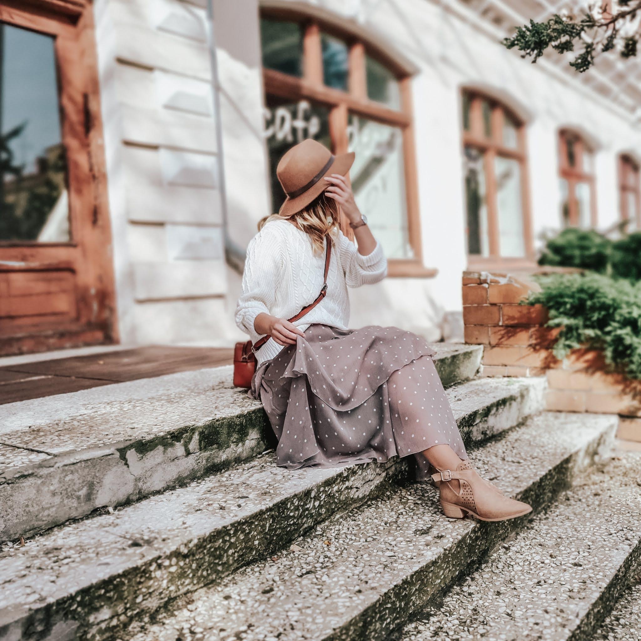 szyfonowa spódnica Chiara Poland beżowa
