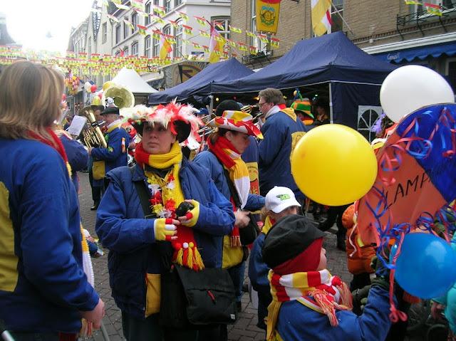 2010-02-16 Kinderoptocht - carnaval%2B16-02-2010%2B%25284%2529.JPG