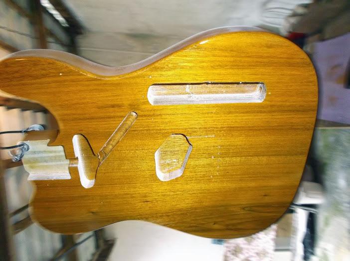 Construção guitarra telecaster, meu 1º projeto bolt on. Finalizado e com vídeo - Página 2 DSCF0032