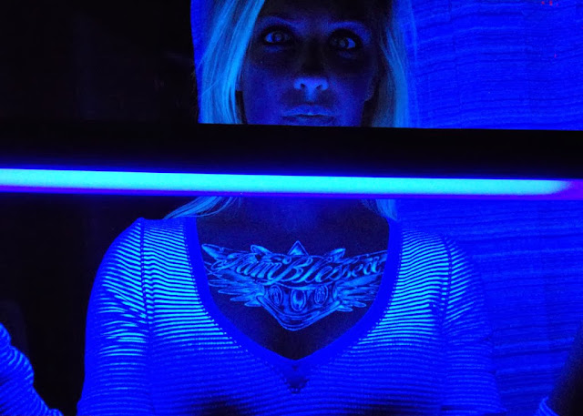 uv light tattoo