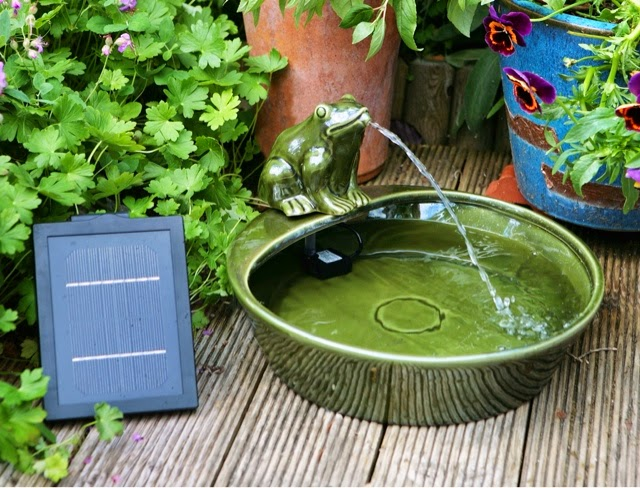 Solar Powered Frog Water Feature