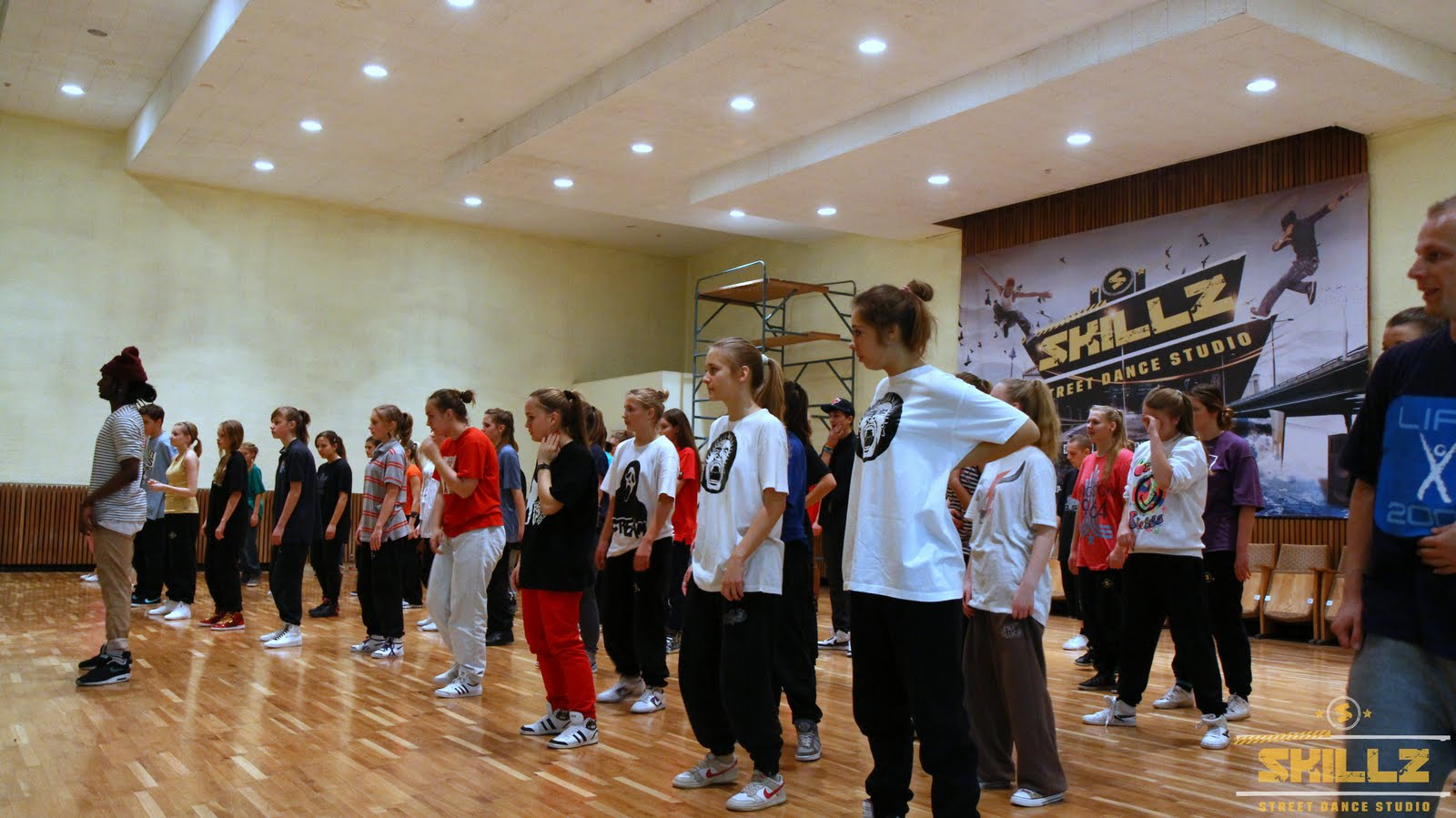 Hip- Hop workshop with Shaadow (UK) - IMG_1743.jpg