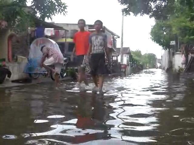 Banjir Masih Genangi Rumah Warga di Lima Desa