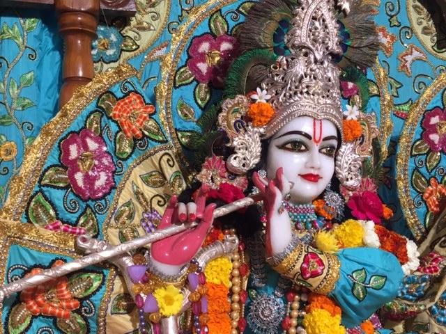 ISKCON Raipur Deity Darshan 04 jan 2017 (2)
