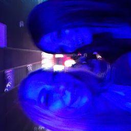 user Jessica Qualley apkdeer profile image