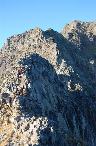 涸沢岳への登り