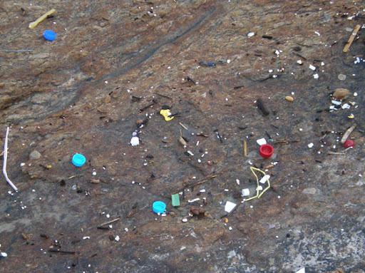 coluna zero, meio ambiente, arpoador, ipanema, rio de janeiro, lixo, poluição, ressaca, sujeira