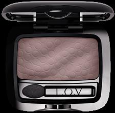 LOV-unexpected-eyeshadow-130-p2-os-300dpi_1467621847
