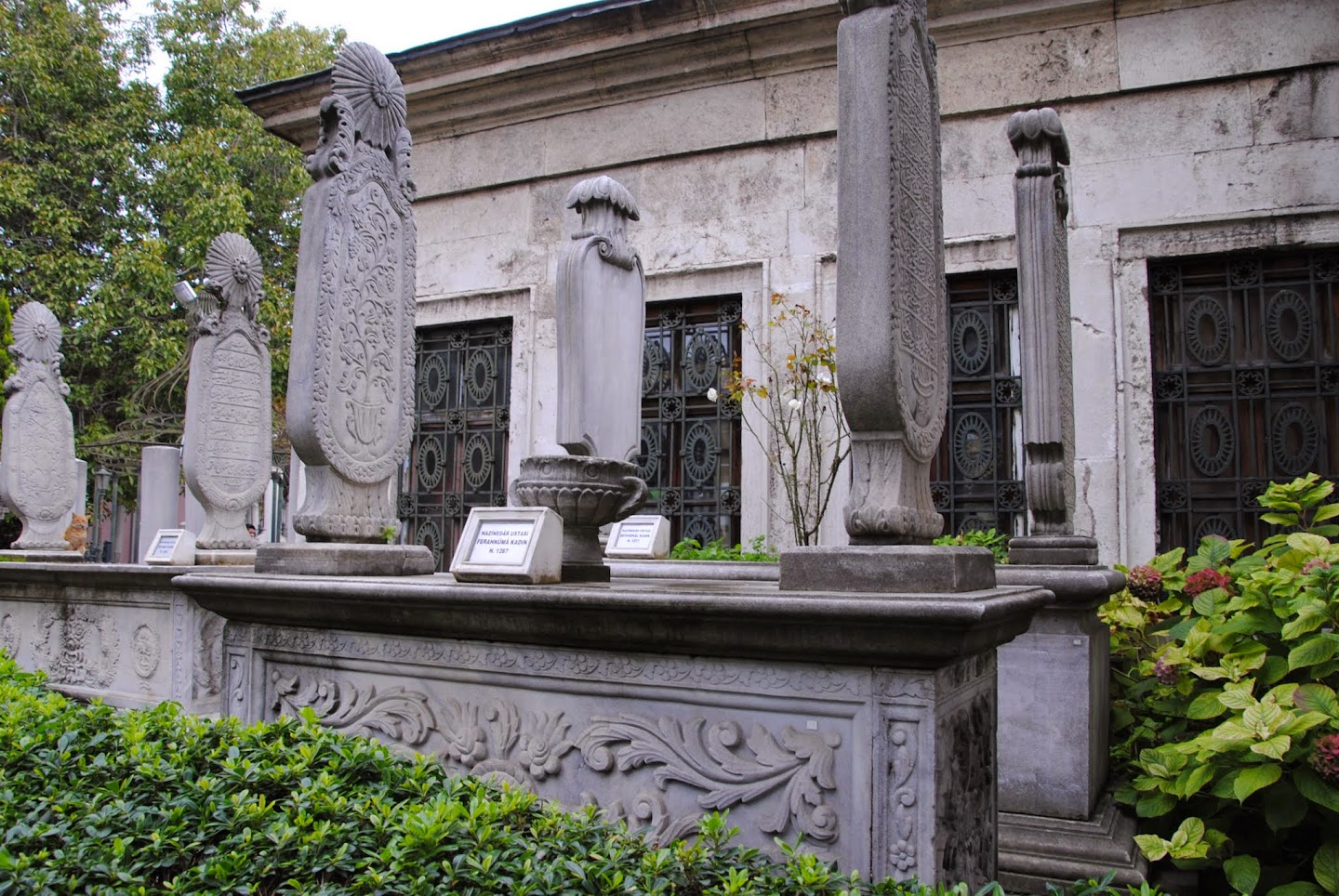 My Photos: Turkey -- Istanbul -- Sultan Mahmud II Cemetery