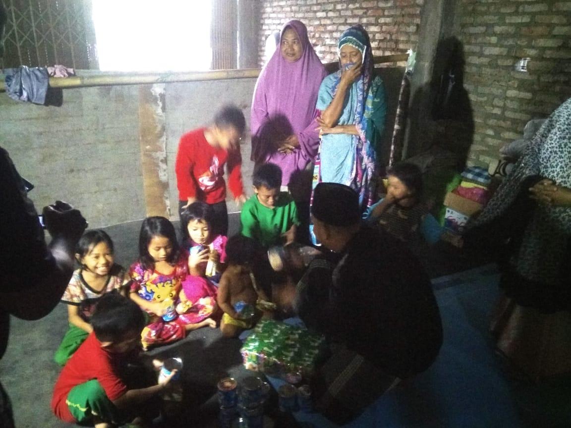 Dua Posko Pengungsian di Wajo Dapat Bantuan dari At-Taubah Peduli