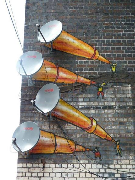 Telescopios pintados en parabólicas