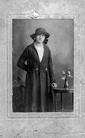Ham, Gijsje van der geb. 16-10-1906.jpg
