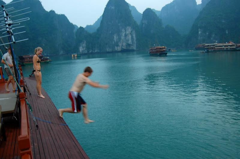 Halong boat jump