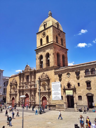 la-paz-bolivia-basilica-san-francisco