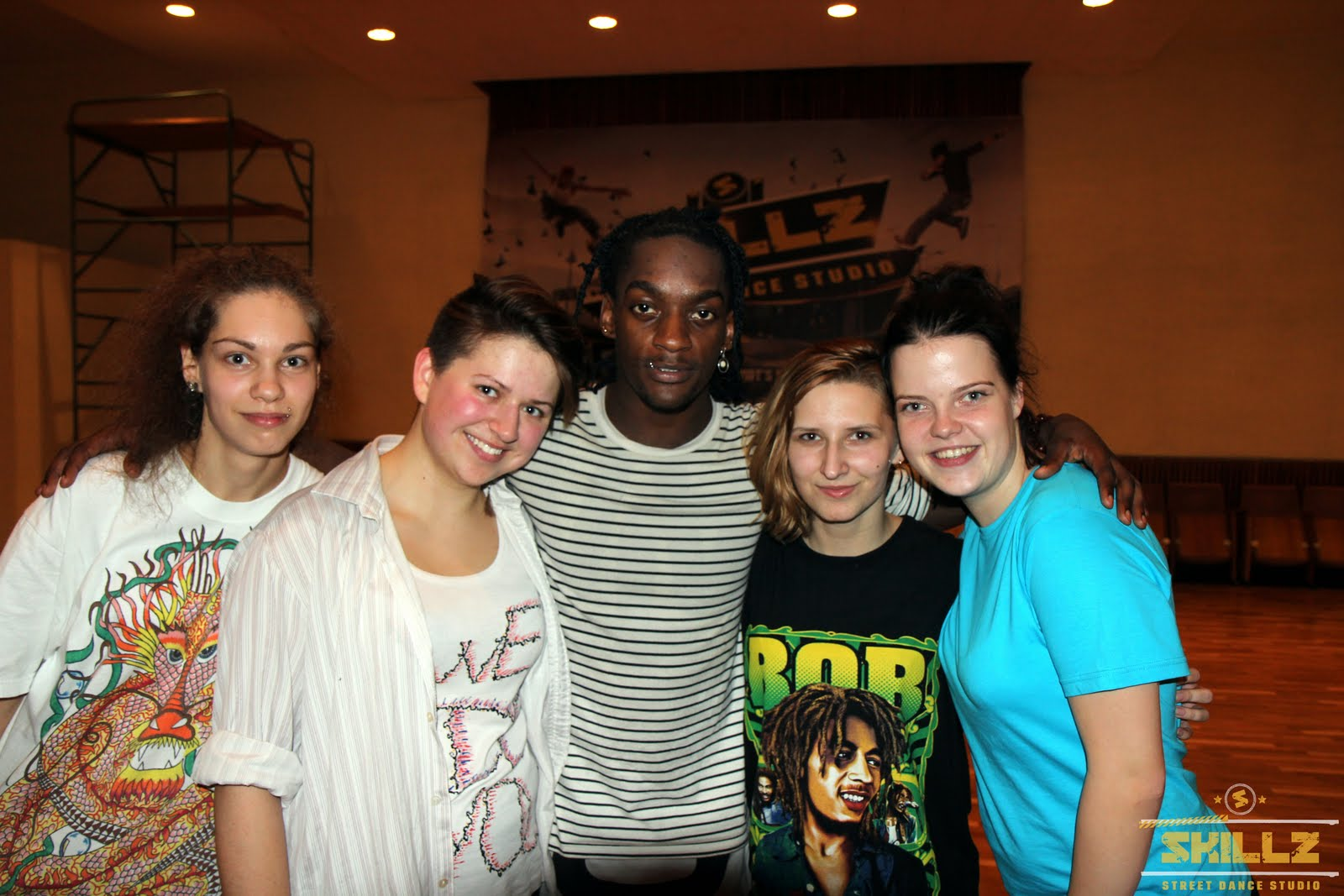 Hip- Hop workshop with Shaadow (UK) - IMG_1949.jpg