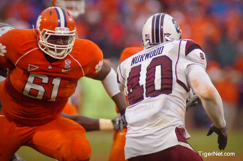 Clemson vs. South Carolina Photos - 2008, Chris Hairston, Football, South Carolina