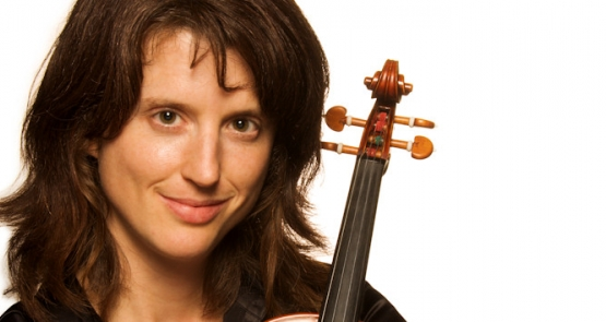 Art Amp Culture Maven Violinist Julie Anne Derome Plays New