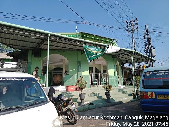 Bersíh Masjid Jamia'tur Rochmah, Canguk, Magelang
