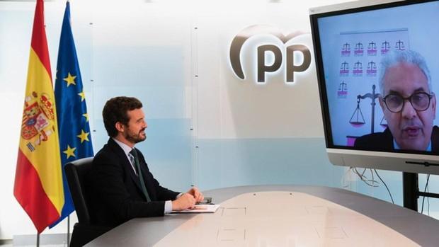 """Pablo Casado califica de """"irregular"""" la presencia del líder del Polisario en España."""