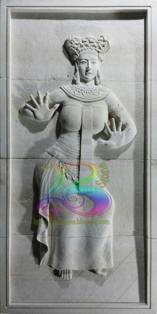 Kerajinan batu alam relief penari bali